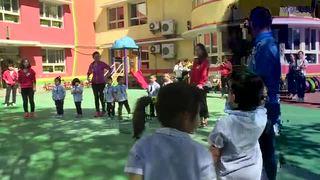 幼儿小班户外体育游戏摘果子幼儿园优秀课堂教学实录
