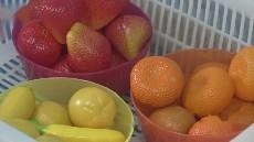 小班《送水果》