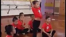 大班艺术活动:千手观音 彭佳 02 佛山市幼儿教学优质课精选专辑