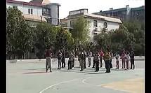 小学五年级体育优质课展示《篮球行进间运球》马老师
