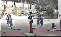 小学六年级体育《跨越障碍物接前滚翻》【钟老师】(小学体育教学研讨课例选录)