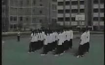 纵箱前滚翻 弄堂游戏_上海初中体育教师说课视频