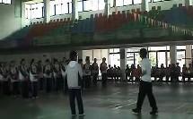 初中体育优质课视频《篮球:行进间单手肩上投篮》唐老师