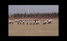 高中年级体育《足球脚背内侧扣球转身、脚底拉球转身》教学视频,高中体育名师工作室教学视频