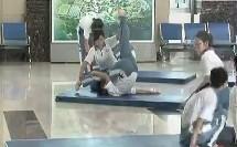 高二技巧体育教学视频《单肩后滚翻》体育名师工作室教学视频