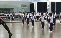 小学二年级音乐形体课《擦地绷脚组合》(讲授类)(小学音乐微课示范课展示教学片段视频专辑)