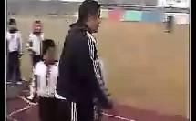 田径游戏(全国中小学体育教学观摩比赛教学视频专辑)