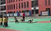 障碍跑(丛林大冒险) 人教版(小学四年级体育优秀课教学实录视频)