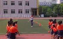 一年级体育《齐步走》教学视频-宋微
