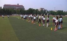 四年级体育《迎面接力跑》教学视频-李飒