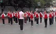 小学五年级体育《呼啦圈律动》省级优课视频,重庆市