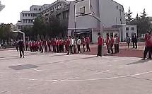 课堂展示《行进间单手肩上投篮》_优质课