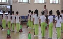 人教体育与健康课标版一至二年级《队列和体操队形》教学视频,获奖课视频