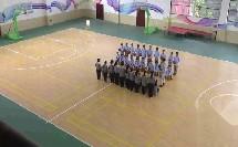 《篮球行进间体前变向换手运球》优质课(人教版初一体育与健康,重庆市县级优课)