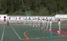 《足球脚内侧运球》人教版初一体育与健康,韦婧