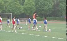 《小小守门员:站立式下手接地滚球》北京版体育一年级,王磊