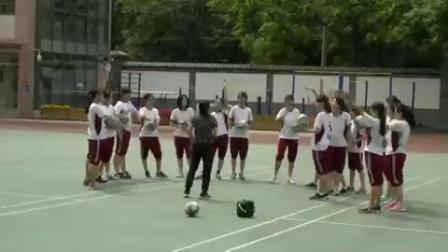 《体育与健康》七年级排球—正面双手垫球-北京市 - 朝阳区