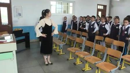 小学音乐人教版(简谱)五年级上册唱歌小步舞曲-辽宁省 - 大连