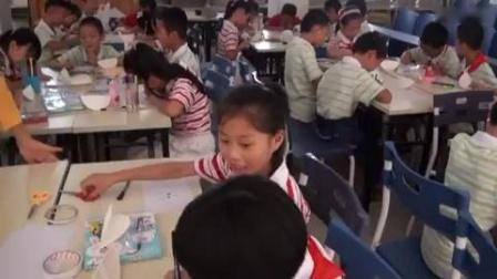 第16课《会动的不倒翁》小学美术赣美课标版-于都县第三小学