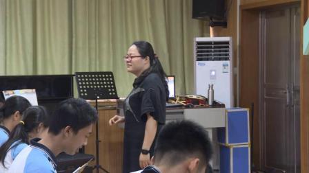 《歌曲《重归苏连托》》教学实录(花城粵教版初中音乐八年级下册)