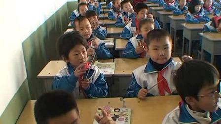 《认识乐器)三角铁 串铃 响板 蛙鸣筒》优质课评比视频-湘文艺版小学音乐二年级上册